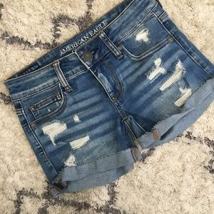 AE Super Low Shortie Distressed Shorts Size 0
